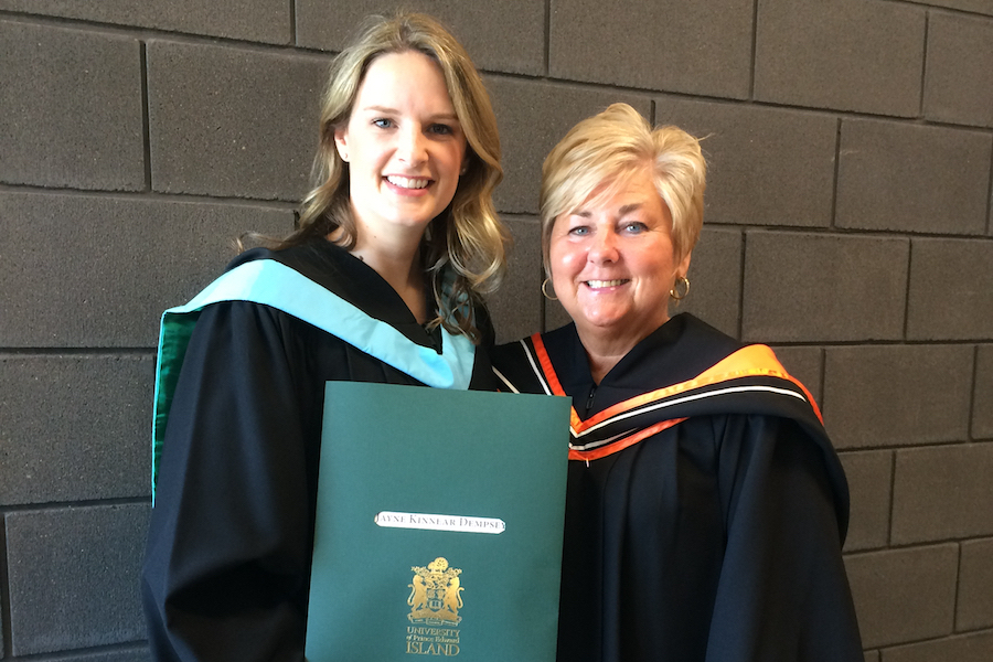 vickie johnston and student at upei convocation