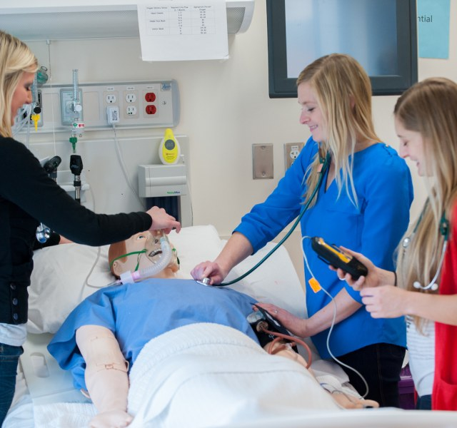 Accelerated Bachelor of Science in Nursing | University of Prince